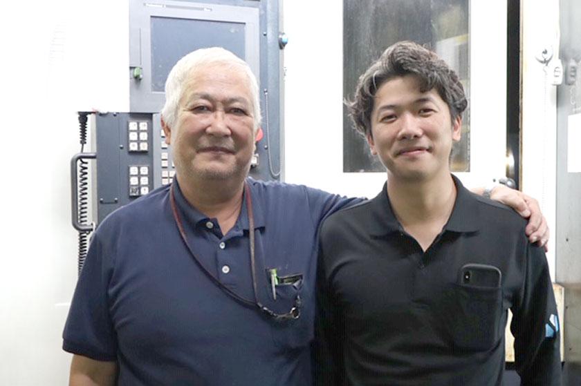 (左)代表取締役 添田 忠夫 (右)専務取締役 添田 昌宏